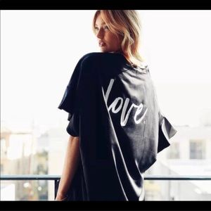 Victoria's Secret Kimono Short Robe
